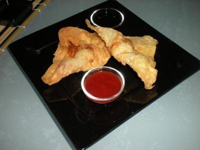 Wonton con pollo e gamberi