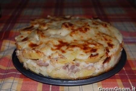 Torta salata di patate