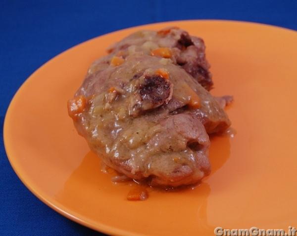ossibuchi in padella - ricetta ossibuchi in padella - Come Cucinare Gli Ossibuchi Di Manzo