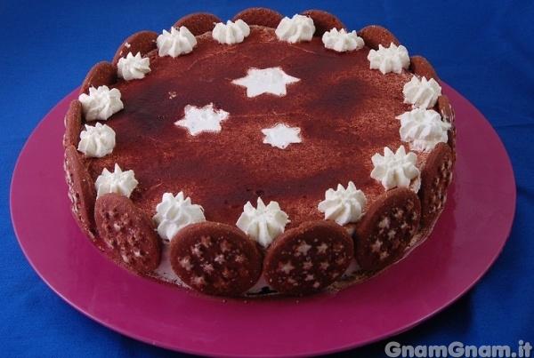 Torta pan di stelle la ricetta di gnam gnam for Ricette torte semplici