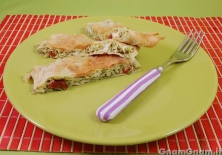 Rustico di pasta fillo con zucchine e crescenza