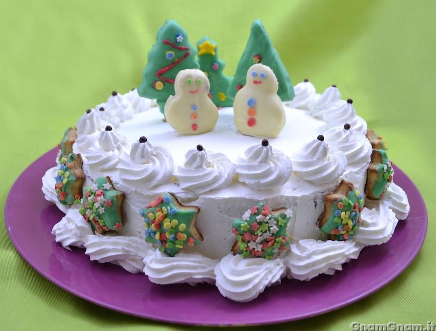 Torta di natale semplice la ricetta di gnam gnam - Decorazioni torte natalizie ...
