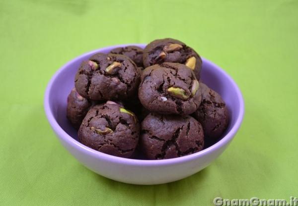 Biscotti al cioccolato e pistacchi