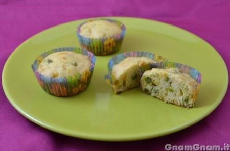Muffin salati senza uova e latte