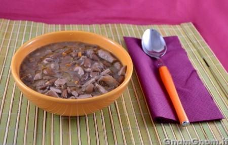 Zuppa di fagioli e pollo