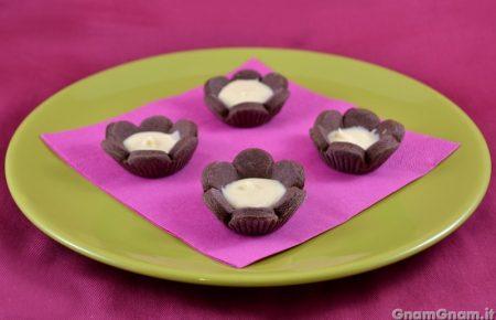 Fiori di frolla al cioccolato