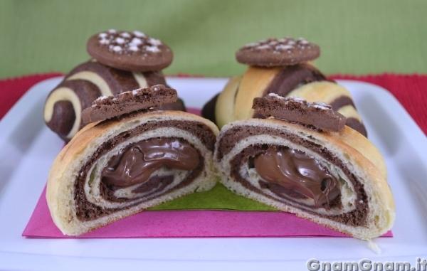Ricetta cornetti dolci al cioccolato