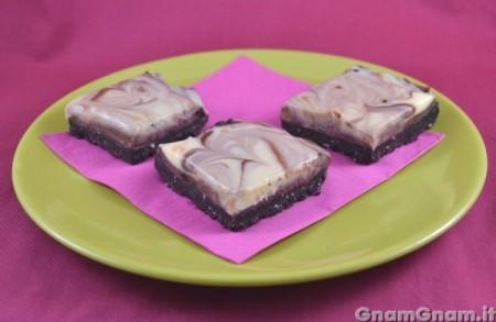 Quadrotti al cioccolato senza cottura