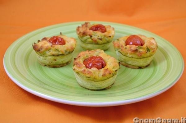 Muffin salati alle zucchine - Video ricetta