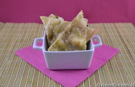 Schiacciatina con melanzane feta e pistacchio