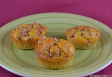 Muffin salati mortadella e provolone