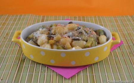 Gnocchi con zucchine melanzane e stracchino