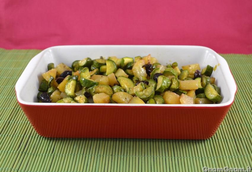 Zucchine e patate in padella la ricetta di gnam gnam for Cucinare zucchine in padella