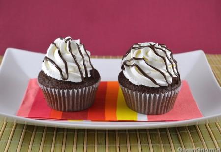 Cupcake panna e cioccolato