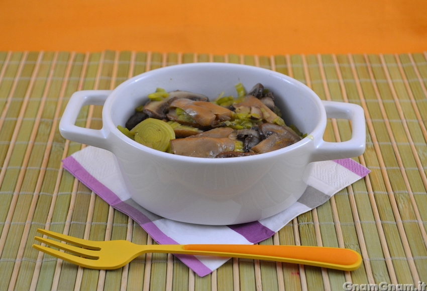 funghi e porri in padella - ricetta funghi e porri in padella - Come Cucinare I Porri In Padella