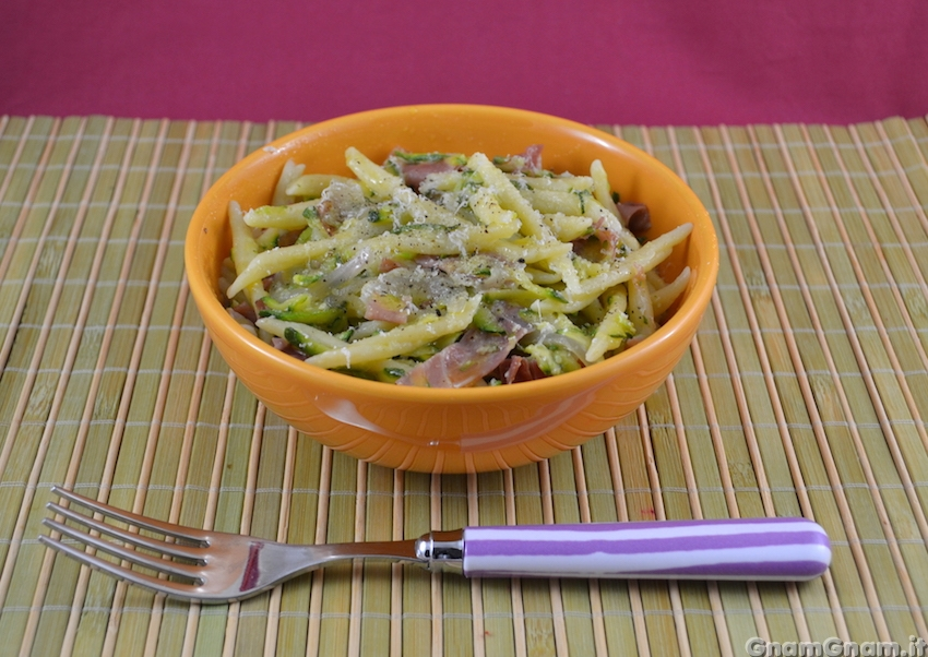 Ricette di pasta con zucchine e speck
