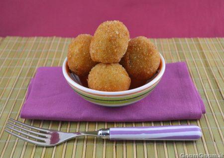 Arancini con patate e baccalà