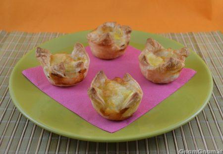 Cestini di sfoglia con prosciutto e patate