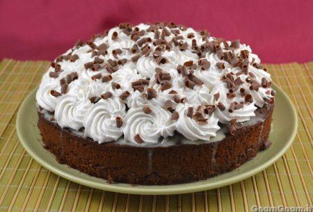 Torta al cioccolato bianco nascosto