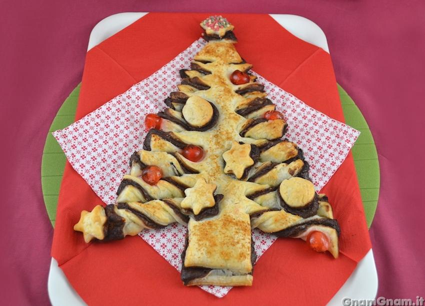 Albero Di Natale Pasta Sfoglia.Albero Di Pasta Sfoglia Dolce La Ricetta Di Gnam Gnam