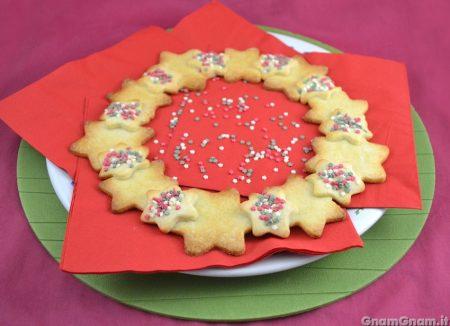 Centrotavola natalizio di biscotti
