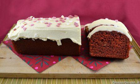Red velvet plumcake