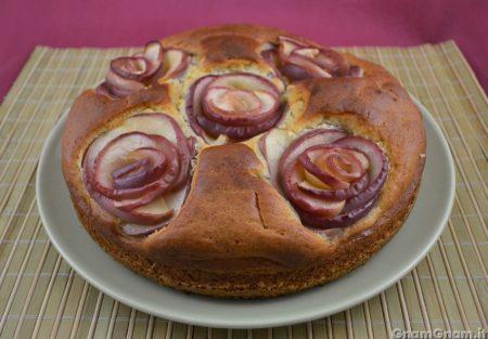 Torta con rose di mela
