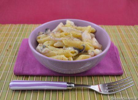 Pasta con crema di patate e seppie