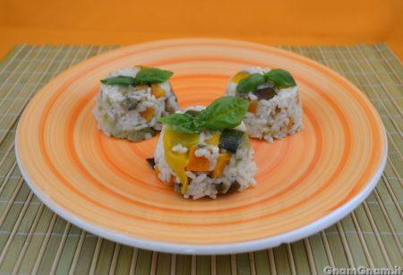 Tortini di riso freddi alle verdure