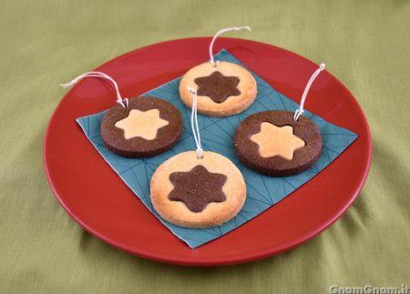 Biscotti stella da appendere all'albero