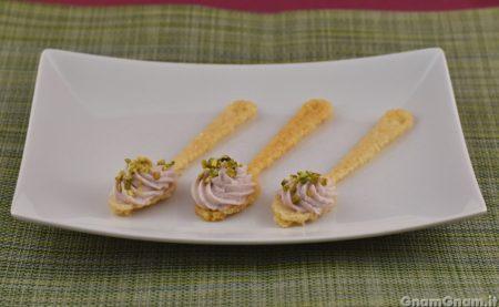 Cucchiaini di parmigiano