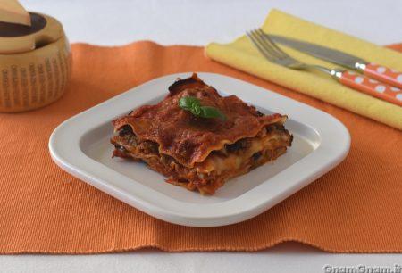 Lasagne melanzane e salsiccia