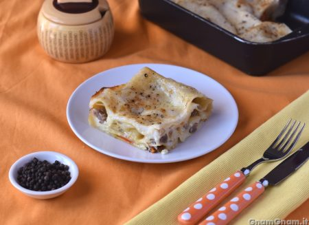 Lasagne peperoni e salsicce